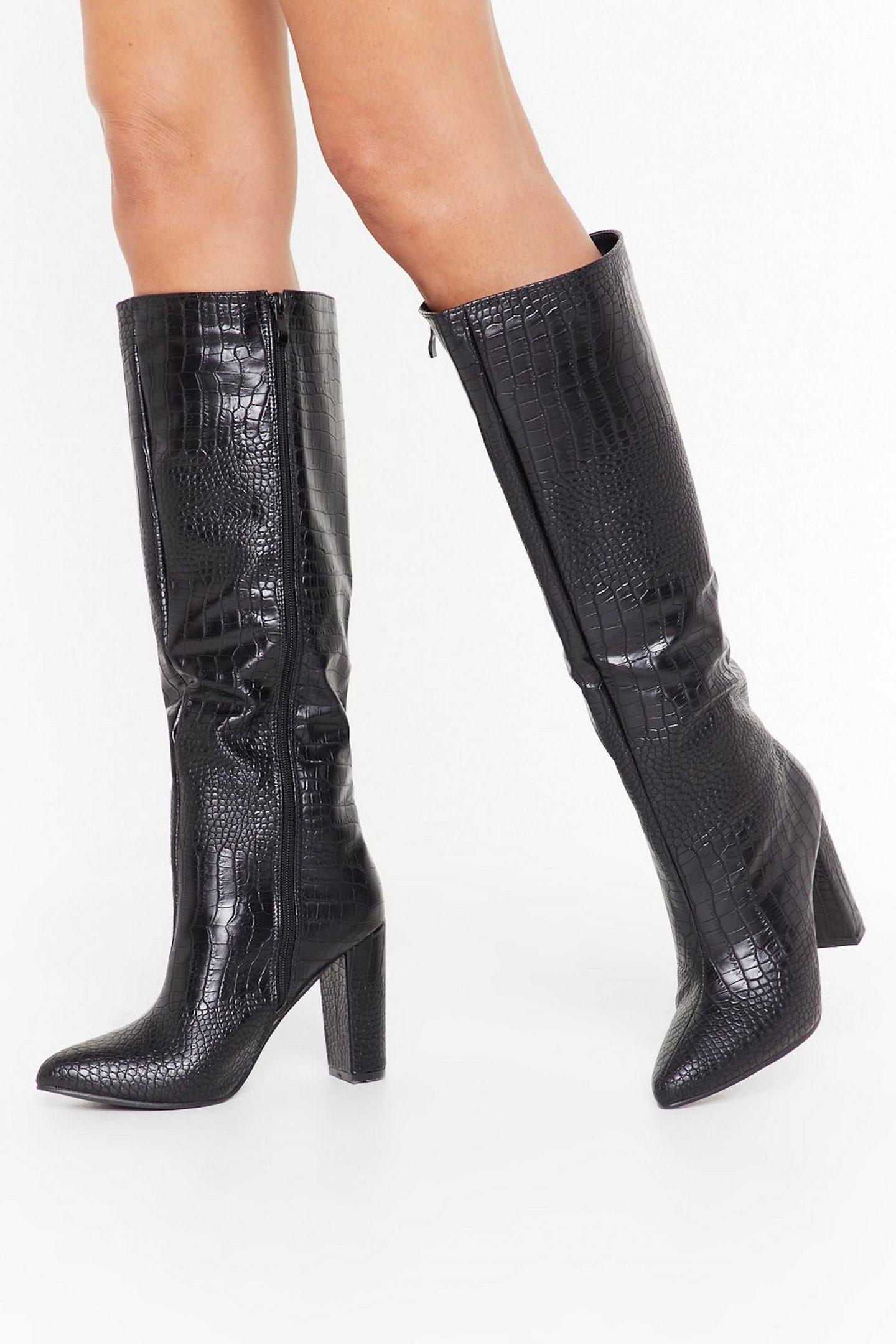 מגפיים תנין croc boots nasty gal