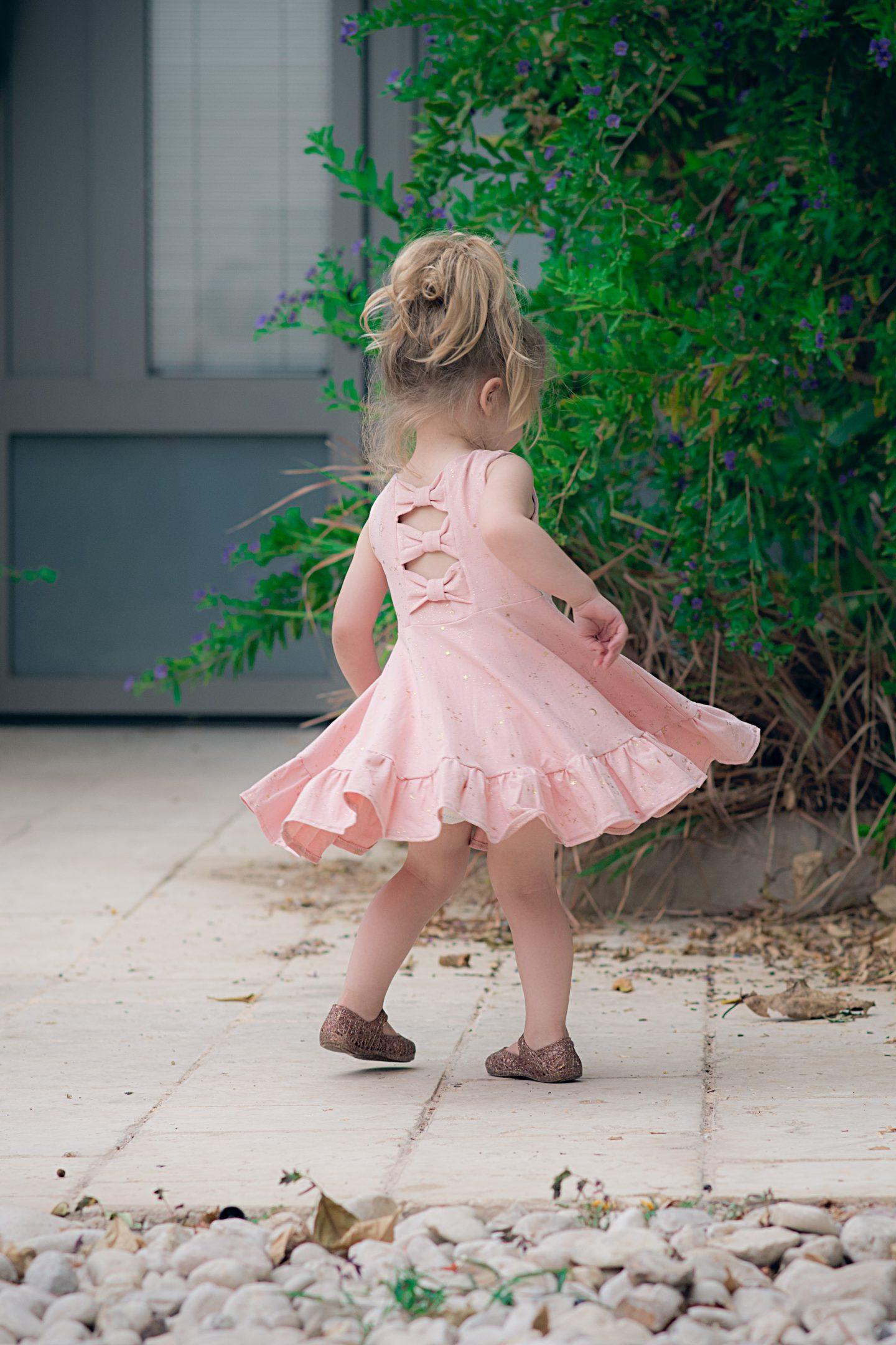 איה ויצנר שמלה מסתובבת עלמונת שמלות לילדות3