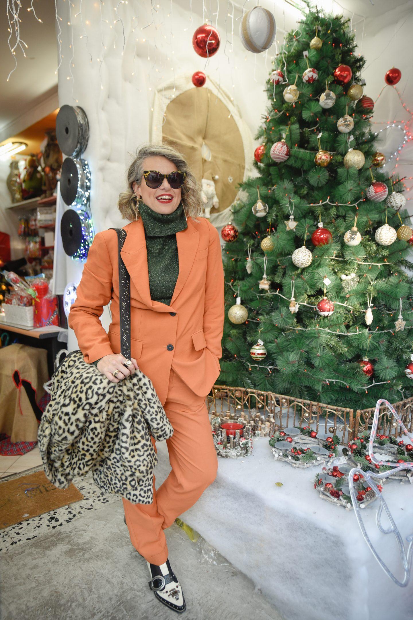 עץ אשוח החג של החגים חיפה שירי ויצנר1