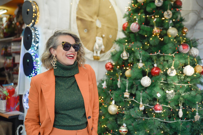עץ אשוח החג של החגים חיפה שירי ויצנר כריסמס