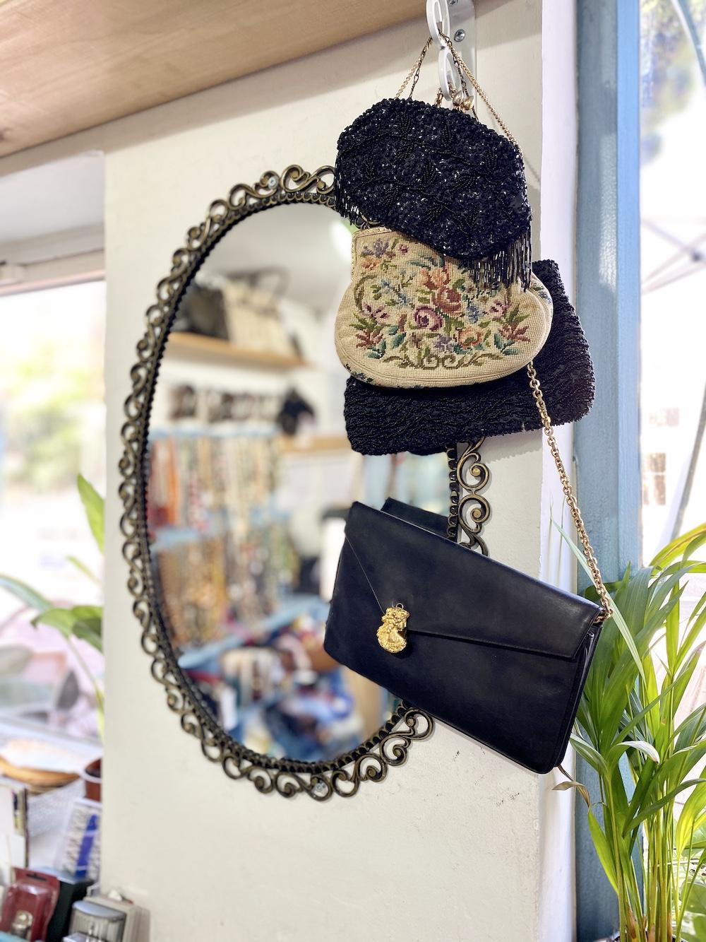 אניצ׳ה חנות וינטג׳ יד שניה שירי ויצנר בלוג חיפאית3