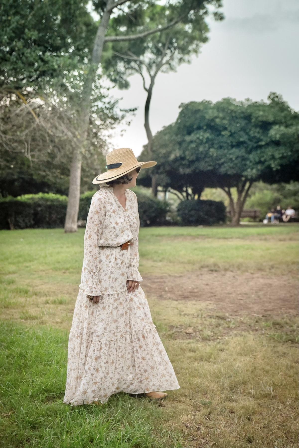 גן מניה שוחט שמלת מקסי פרחונית גולף שירי ויצנר בלוג חיפאית