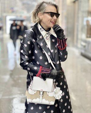 שירי ויצנר לובשת לארה רוסנובסקי רחובות ניו יורק