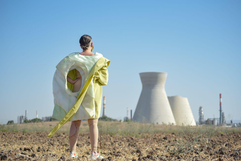 הפקת אופנה חיפאית עם שירי חיפאית