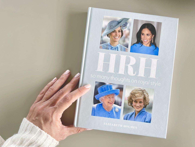 המלכה אליזבת׳ קייט מידלטון הנסיכה דיאנה מייגן מרקל ספר אופנה מומלץ בית המלוכה הבריטי3