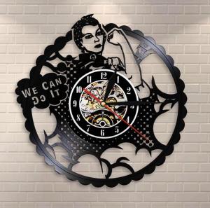 שעון עם מסר פמניסטי