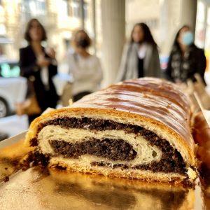 עוגת פרג קונדיטוריה סארו חיפה בית קפה כשר מומלץ