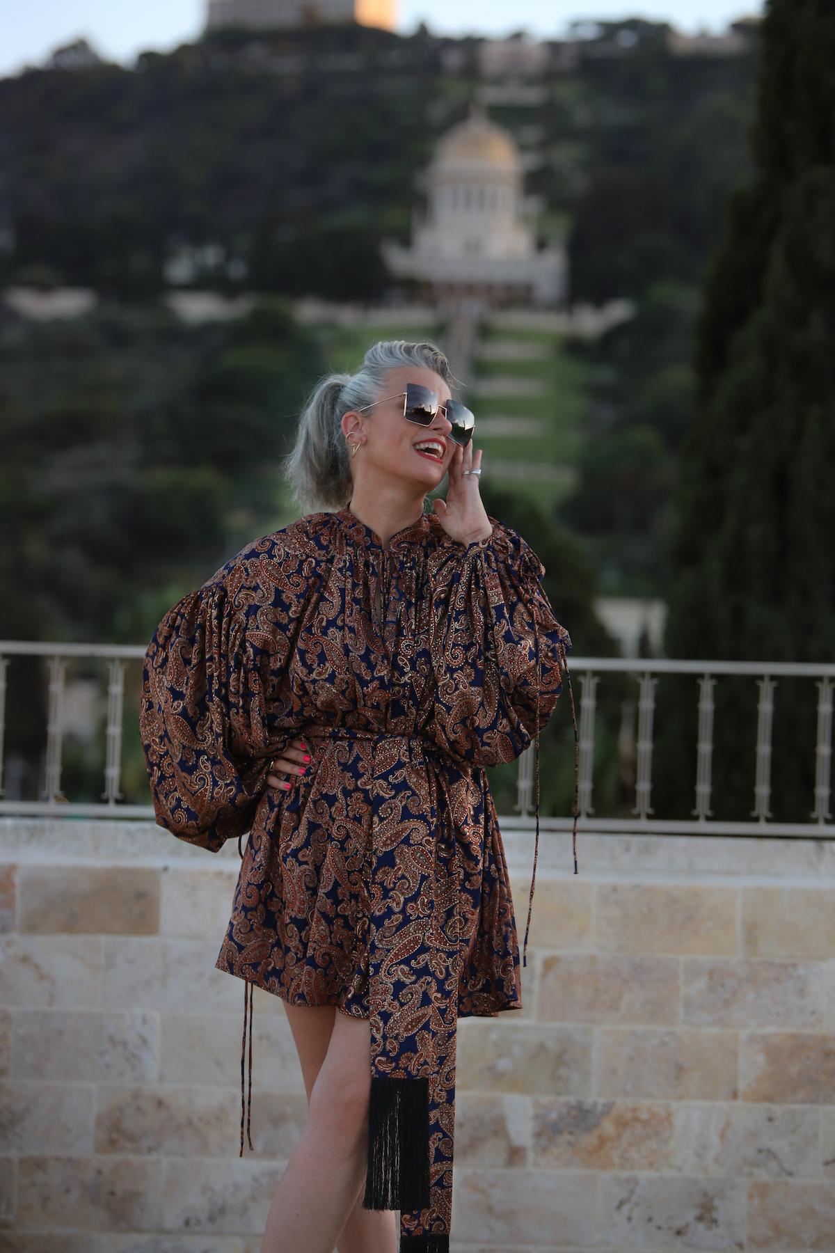 שירי ויצנר חיפאית לובשת אריאל טולדנו שמלת סולטנה עגילים רובי סטאר אתר מארק אופנה ישראלית16