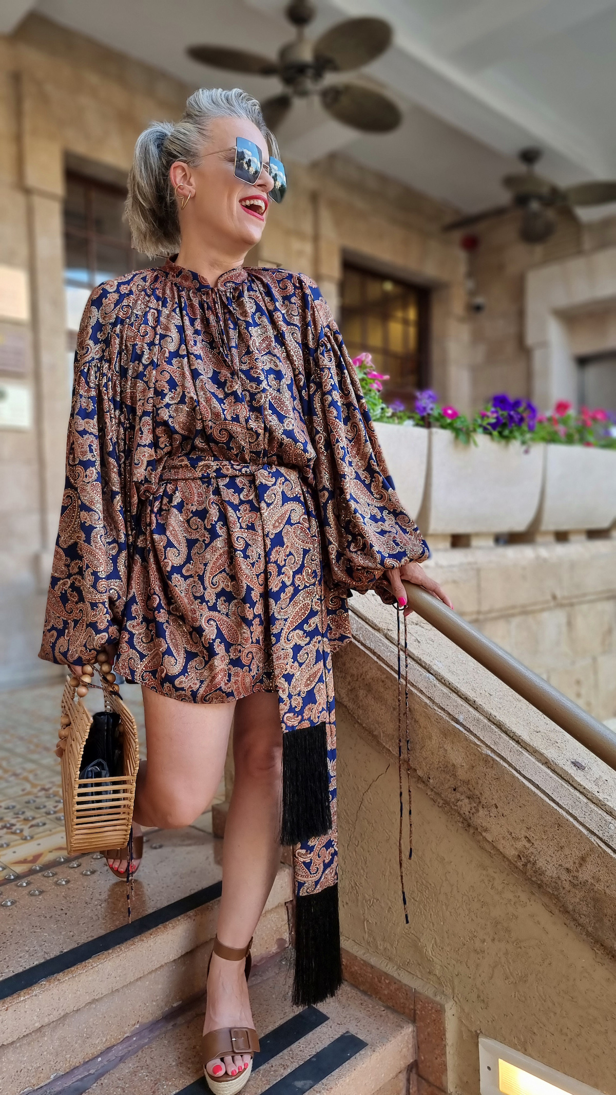 שירי ויצנר חיפאית לובשת אריאל טולדנו שמלת סולטנה עגילים רובי סטאר אתר מארק אופנה ישראלית2